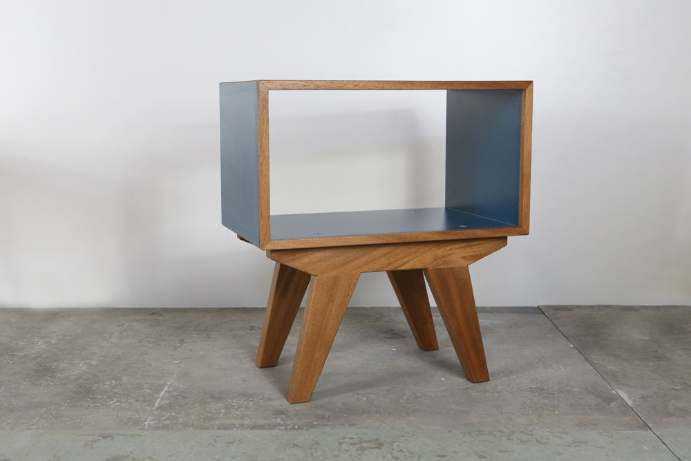 Collection 1 bvwood for Meuble tv triangulaire